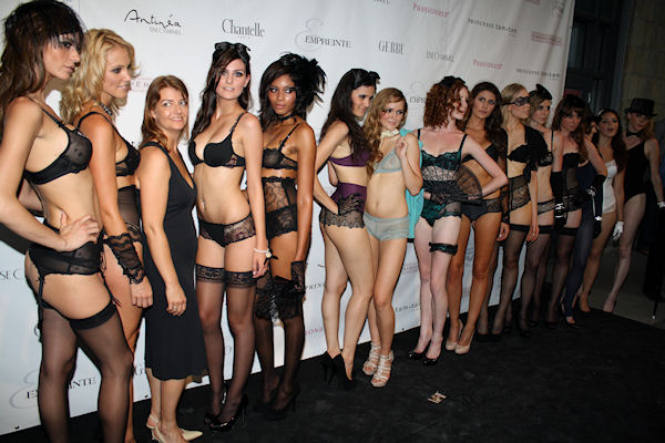 The Hottest Show in Town – La Lingerie Française