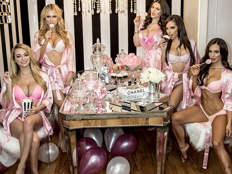 lingerie home party